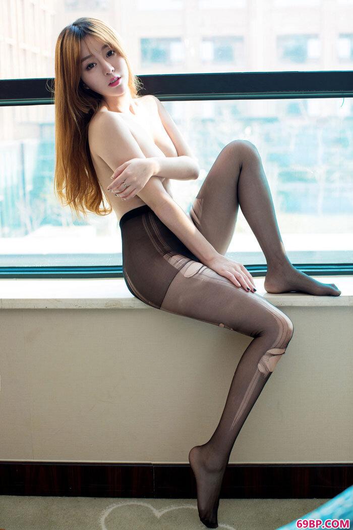 mm王语纯诱惑丝袜透视情趣大PK_日本丰满熟妇有毛