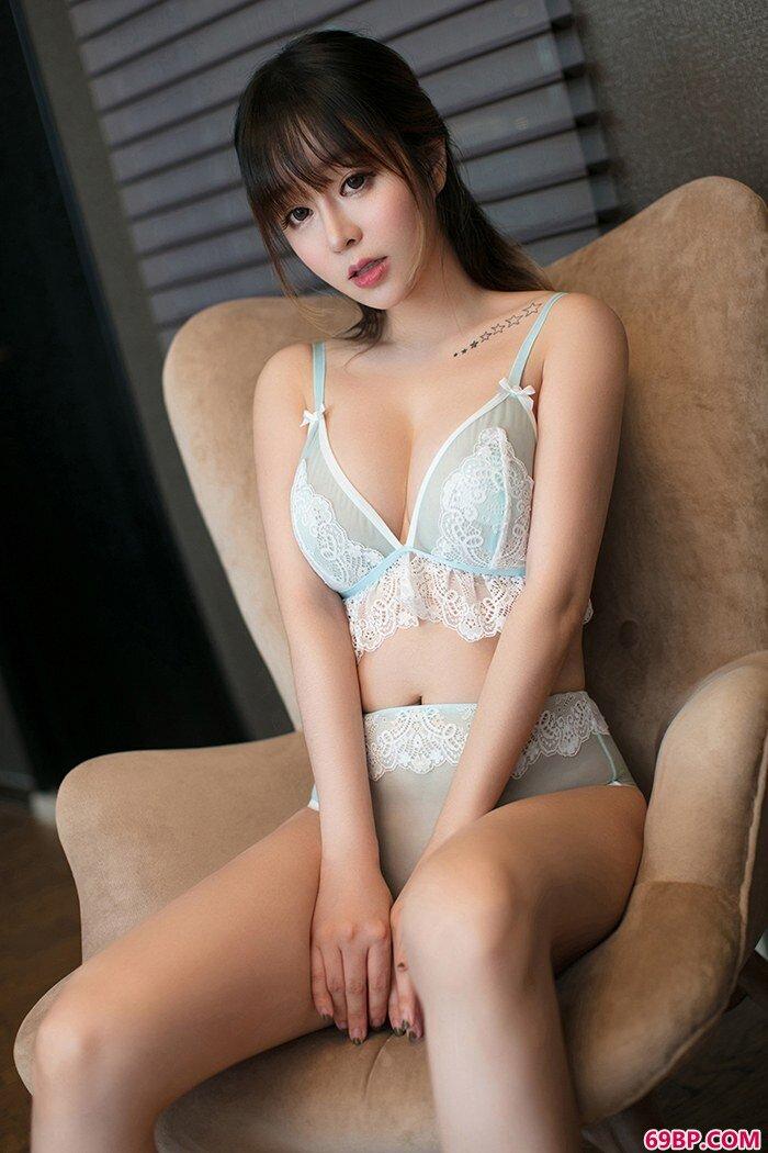 宅男御姐王雨纯大尺度催情欲火燃烧_最近很火的泰国女模特
