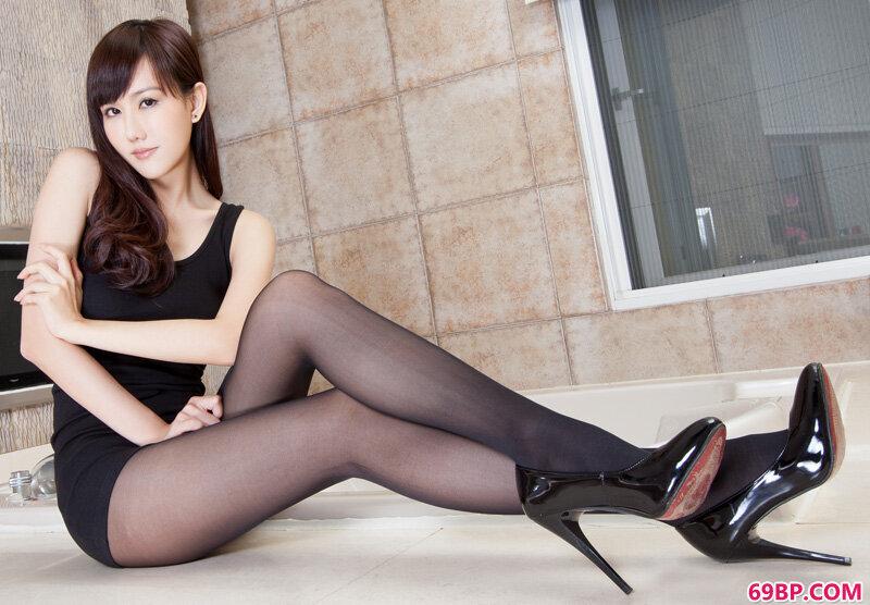 美腿嫩模第322期Sara_日肥鲍熟女西西人体