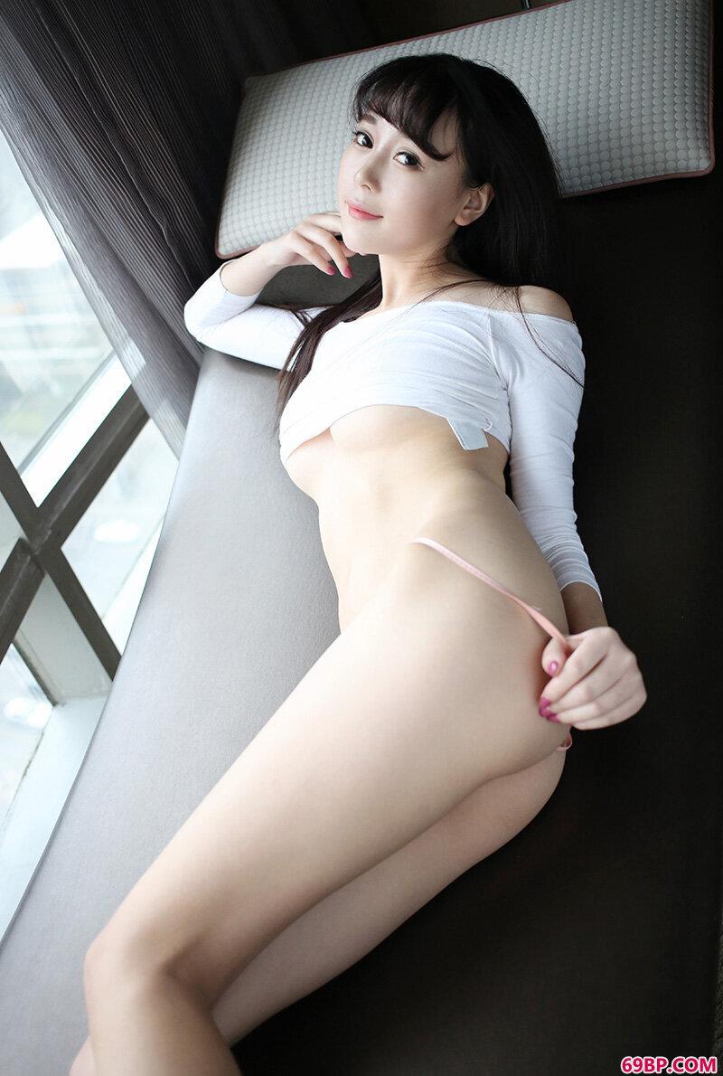 漂亮而性感赵小米Kitty火爆身材热辣妖娆_西西人体www44retcc欧