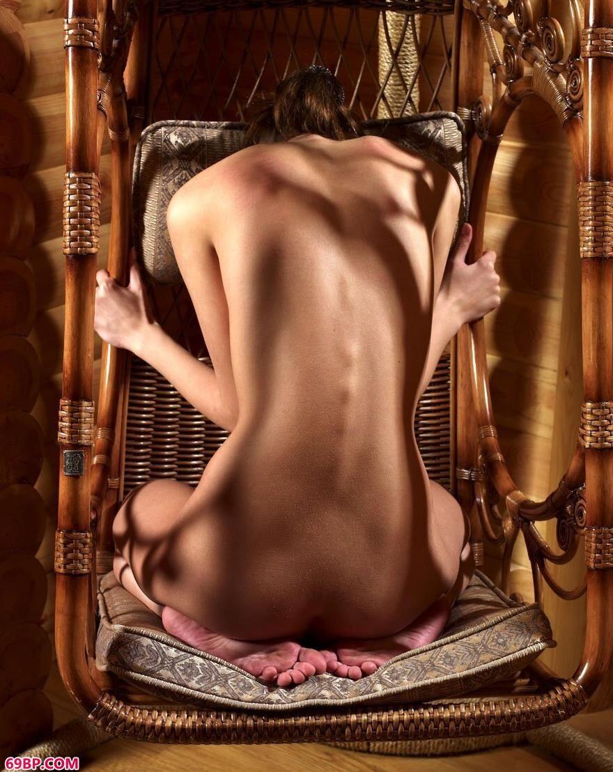 外国美人人体艺术写照2_最大胆女人体艺术