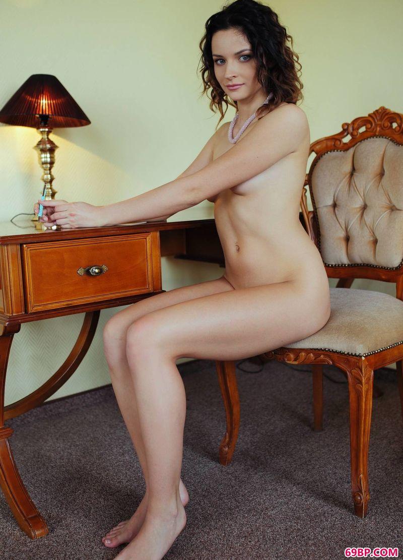 酒店贵妇人Ardelia